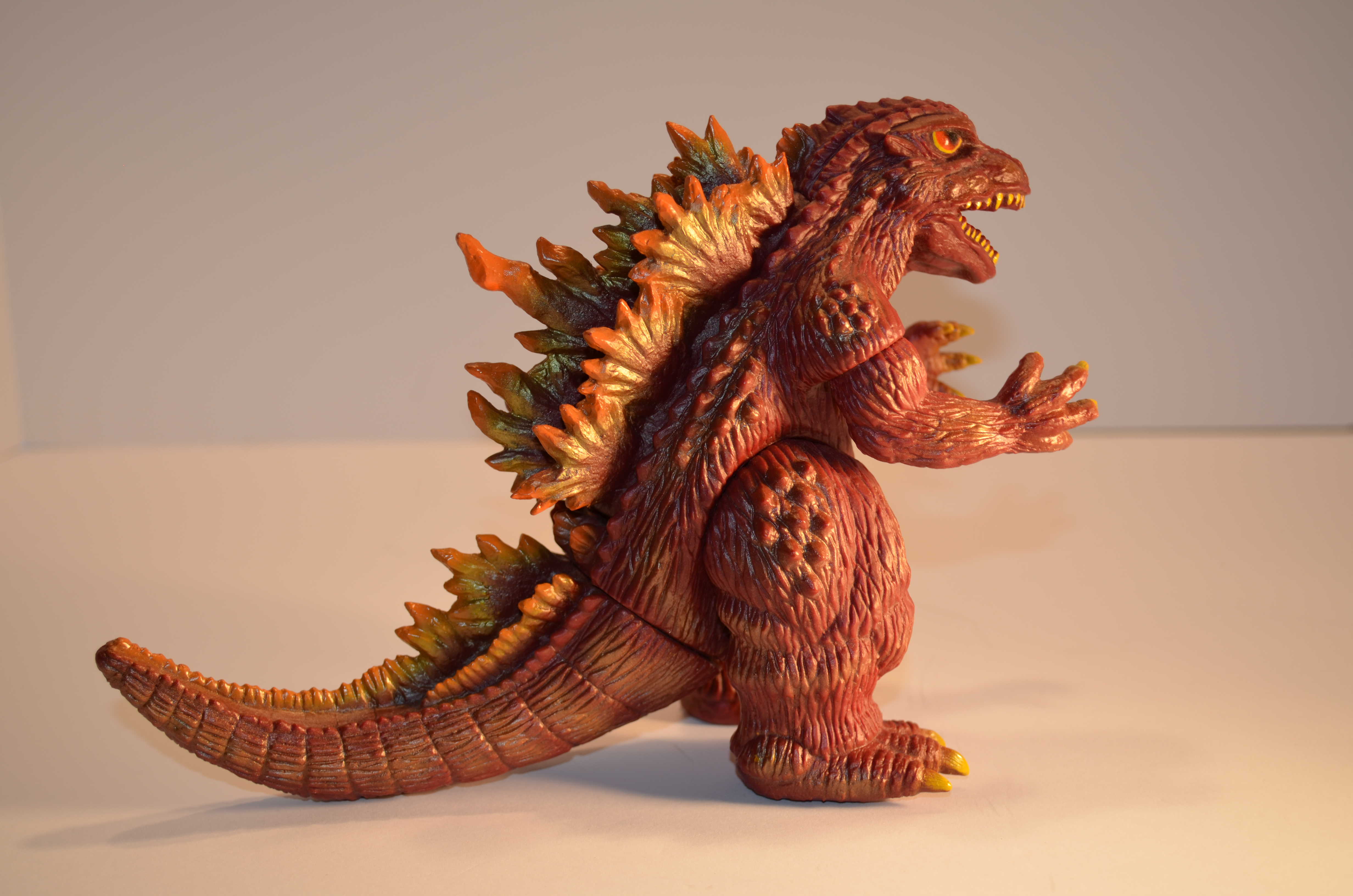 Hazawa Gumi Godzilla 1999 Millennium Rare Red Brown