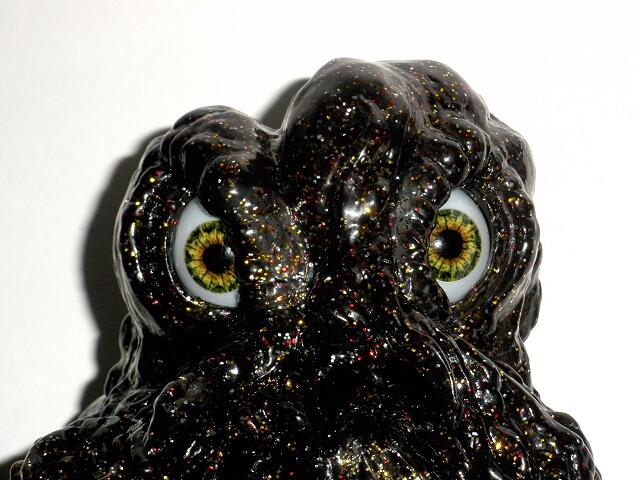 ccp black sparkle hedorah smog monster light up eyes clawmark toys. Black Bedroom Furniture Sets. Home Design Ideas