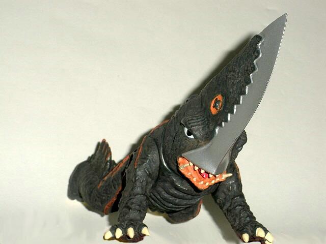 Gamera Vs Guiron Toys : Guiron figure gurion knife head gamera foe sega game prize