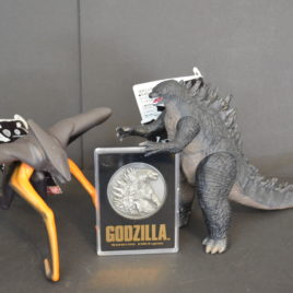 Godzilla 2014 Set of 3 includes Evil Muto Godzilla plus Medallion