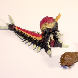 Godzilla Chronicles 2 High Grade Battra Larva Mothra Larva Figure