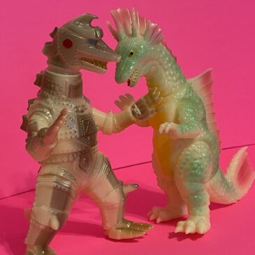 Marmit Parababy Glow Mecha Godzilla 2 and Titanosaurus RARE WCC 2004 Exclusives